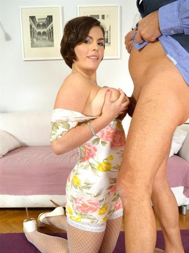 jim-slip-babe-rides-cock